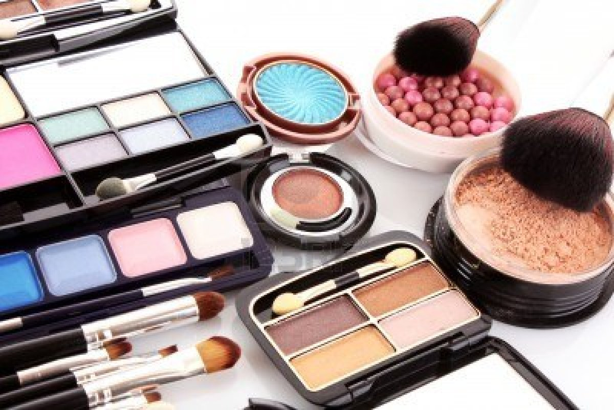 Sep 19,  · How to Know if Your Cosmetics Contain Lead In this Article: Recognizing Possible Sources of Lead Finding Lead in Cosmetics Understanding the Issue Community Q&A 23 References Since the s, there have been several surges of public concern about lead content in cosmetics, usually prompted by news reports, mass emails, or social media posts%(21).
